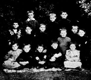the younger orphans in 1906